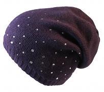 Pletená čepice s kamínky